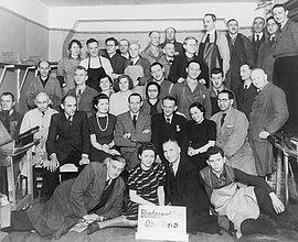 Belegschaft der Blindenwerkstatt Otto Weidt in der Rosenthaler Straße 39 Berlin, 1941
