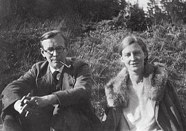 Arvid and Mildred Harnack near Saalfeld, 1930.