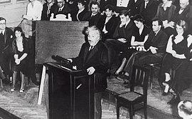 Albert Einstein an der Berliner Universität Oktober 1932