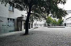 Commemorative courtyard of the German Resistance Memorial Center.
